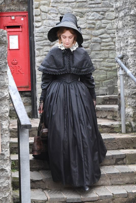 SAOIRSE RONAN on the Set of Ammonite in Lyme Regis 03/11/2019