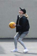 SOPHIE TURNER Playing Basketball in New York 03/14/2019