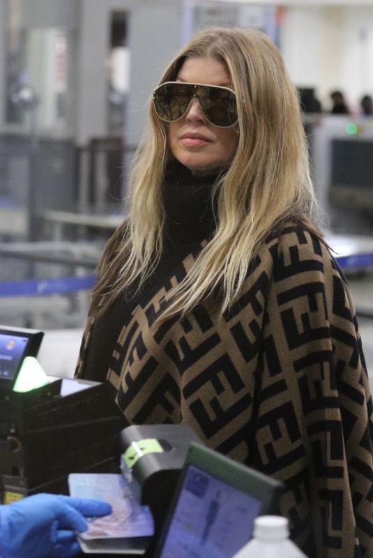 STACY FERGIE FEGUSON at Los Angeles International Airport 03/19/2019