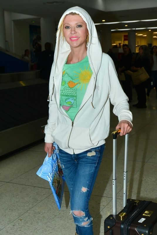 TARA REID at LAX Airport in Los Angeles 03/17/2019