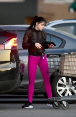 ARIEL WINTER Shopping at Whole Foods in Los Angeles 04/10/2019
