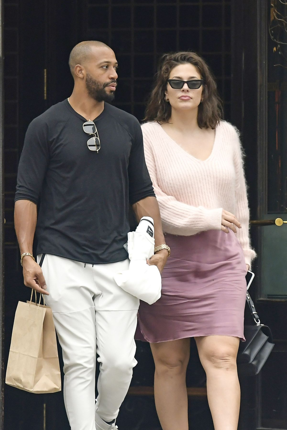 Ashley Graham And Justin Ervin Out In New York 04 14 2019 Hawtcelebs