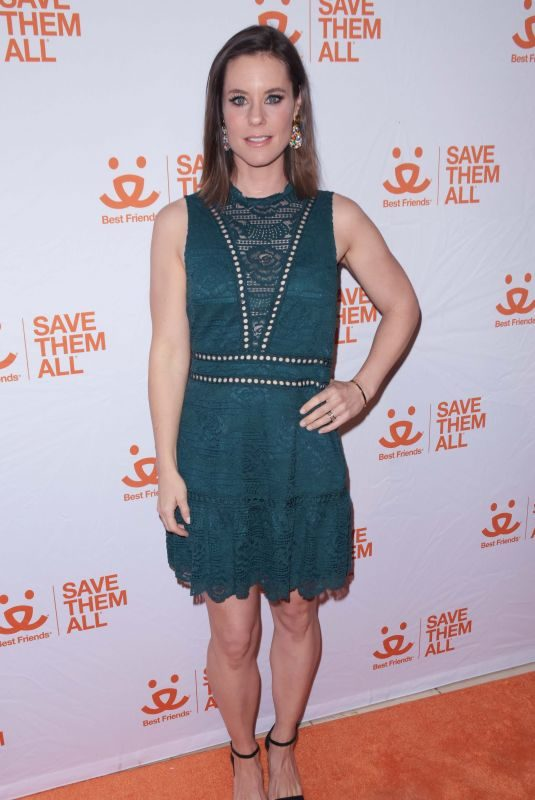 ASHLEY WILLIAMS at Best Friends Animal Society Benefit To Save Them All in New York 04/02/2019
