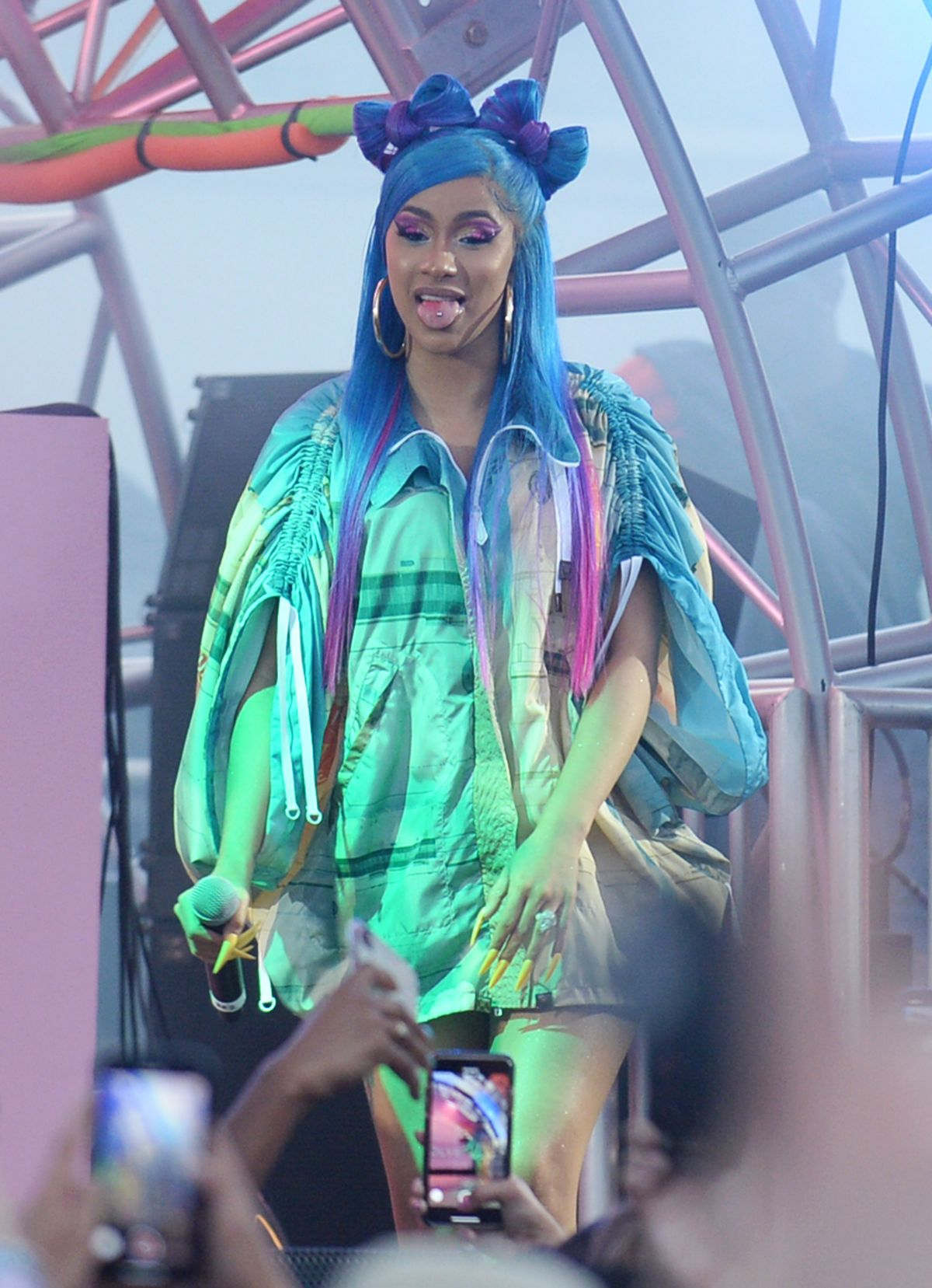 Cardi B Coachella: CARDI B At Revolve Party At Coachella Festival 04/14/2019