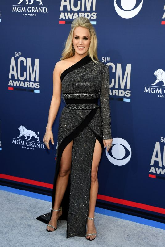 CARRIE UNDERWOOD at 2019 Academy of Country Music Awards in Las Vegas 04/07/2019