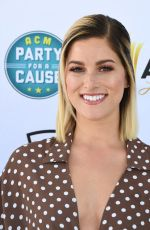 CASSADEE POPE at Topgolf for 2019 ACM Party for a Cause in Las Vegas 04/06/2019