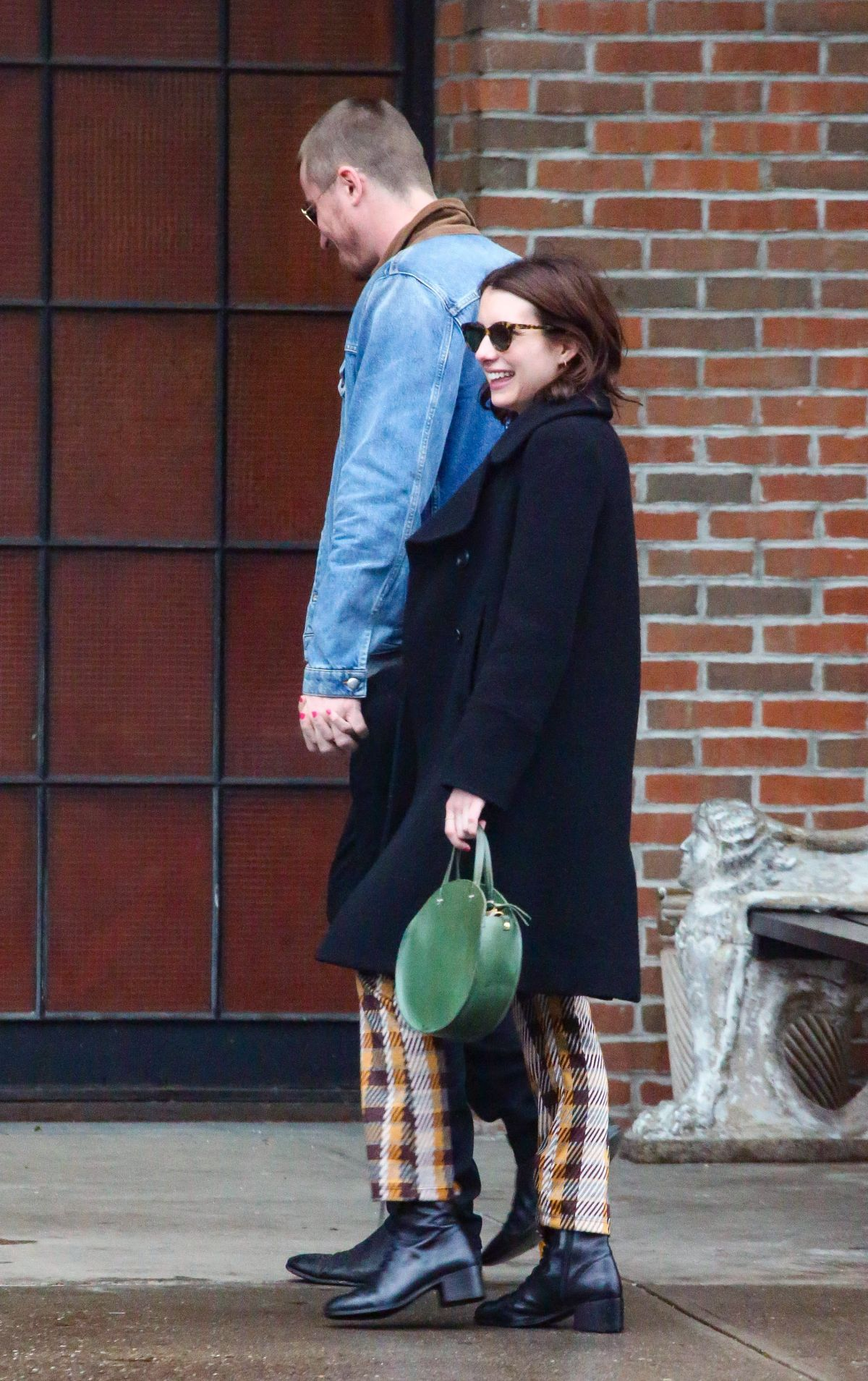 EMMA ROBERTS and Garrett Hedlund Out in New York 03/31 ...