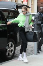 GIGI HADID Arrives at Her Apartment in New York 04/02/2019