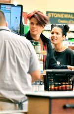 HALSEY Shopping at Gelson