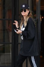 HEIDI KLUM Out and About in Beverly Hills 04/02/2019