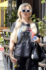 HOLLY MADISON Leaves a Gym in Los Angeles 04/09/2019