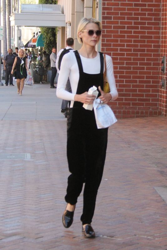 JAIME KING Out in Los Angeles 04/18/2019