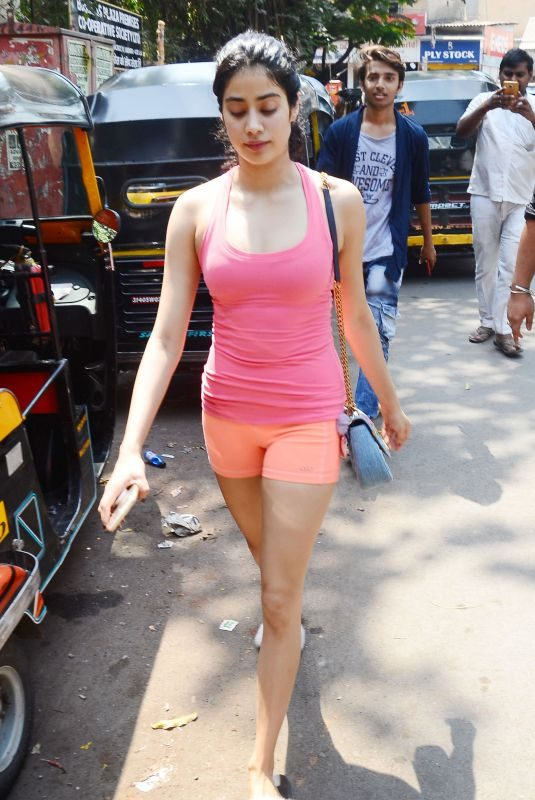 JANHVI KAPOOR Leaves a Gym in Mumbai 04/03/2019