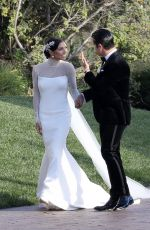 JENNA JOHNSON and Val Chmerkovskiy Getting Married 04/13/2019