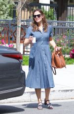 JENNIFER GARNER Heading to a Church in Brentwood 04/07/2019