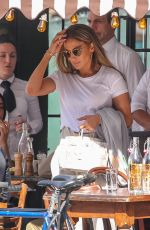 JENNIFER LOPEZ Out for Lunch in New York 04/14/2019