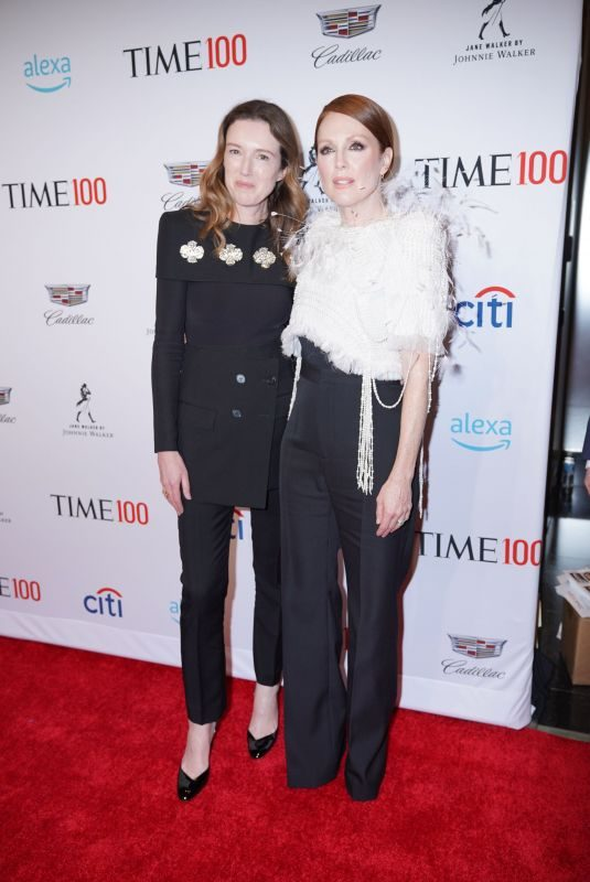 JULIANNE MOORE at Time 100 Gala in New York 04/23/2019