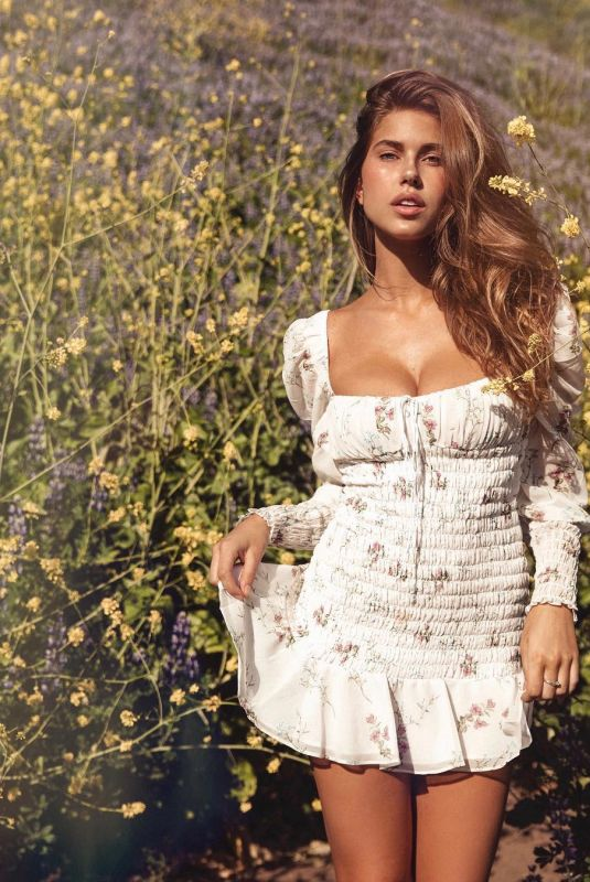 KARA DEL TORO on the Set of a Photoshoot, April 2019