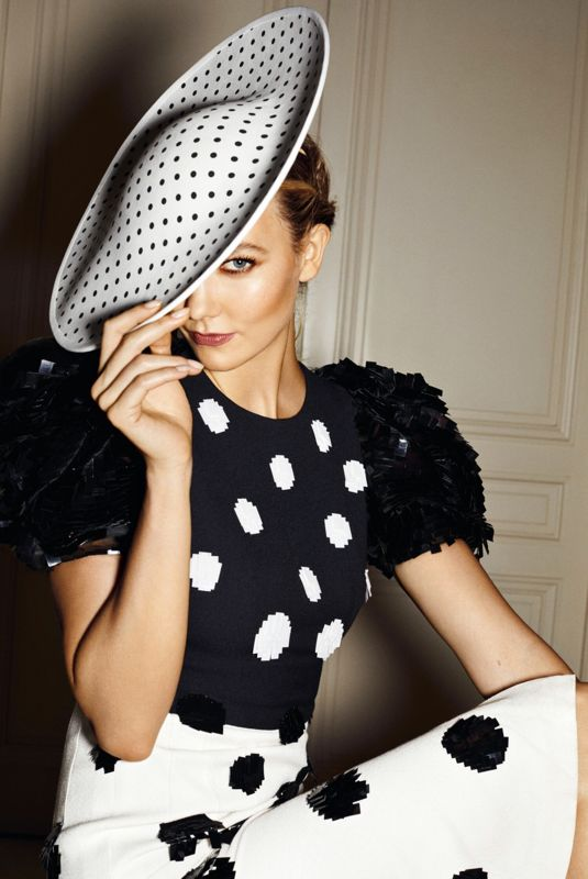 KARLIE KLOSS for Carolina Herrera