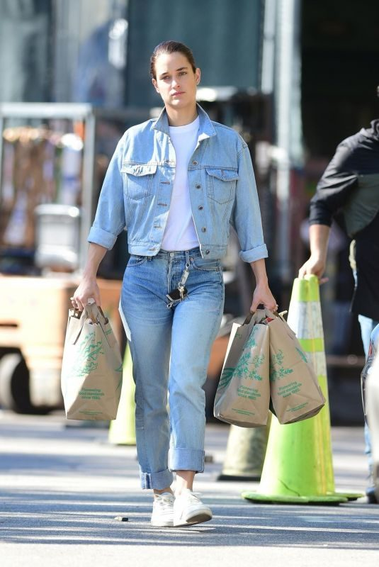 KATE HARRISON in Double Denim Leaves Trader Joe's in Studio City 04/13/2019