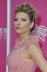 KATHERYN WINNICK at 2019 Cannes International Series Festival Closing Night 04/10/2019