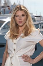 KATHERYN WINNICK at Jury Photocall at International Series Festival in Cannes 04/09/2019