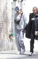 KATIE HOLMES and Jamie Foxx Out Holding Hands in New York 04/16/2019