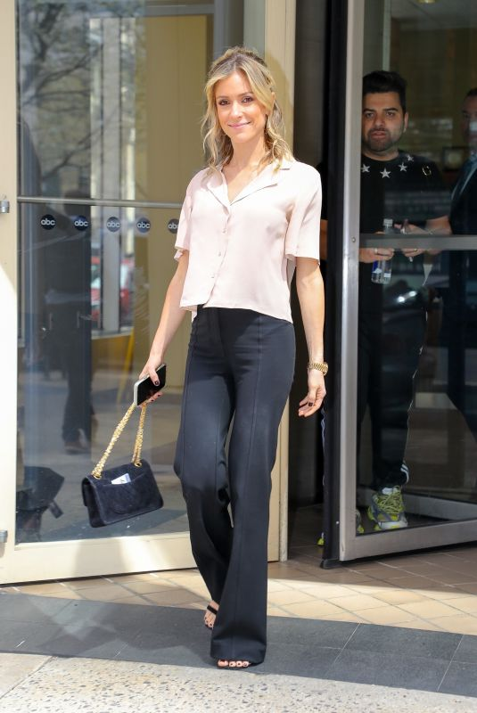 KRISTIN CAVALLARI Leaves On Air with Ryan Seacrest in New York 04/17/2019