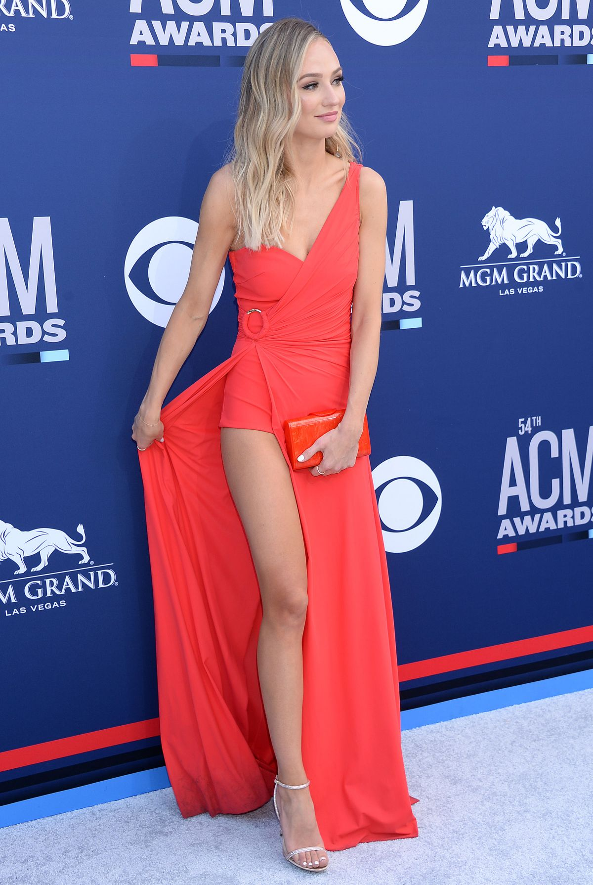 LAUREN BUSHNELL At 2019 Academy Of Country Music Awards In