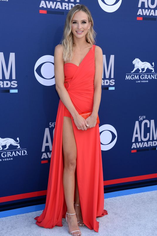 LAUREN BUSHNELL at 2019 Academy of Country Music Awards in Las Vegas 04/07/2019