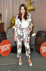 LISA SNOWDON at Ultimate Pub Quiz in London 04/03/2019