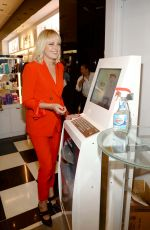 MALIN AKERMAN Unveils New Windex at Bloomingdale