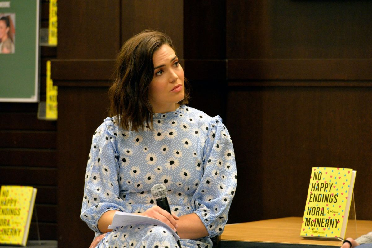 MANDY MOORE at Mcinerny's No Happy Endings: A Memoir Book
