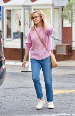 REESE WITHERSPOON Out and About in Brentwood 04/11/2019