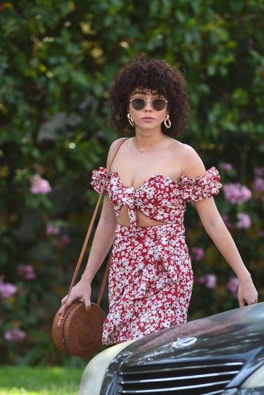 SARAH HYLAND Out and About in Los Angeles 04/09/2019