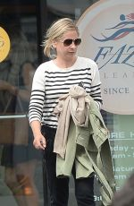 SARAH MICHELLE GELLAR at Dry Cleaning in Los Angeles 04/04/2019