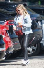 SARAH MICHELLE GELLAR Heading to a Gym in Los Angeles 04/07/2019