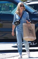 SARAH MICHELLE GELLAR Out in Los Angeles 04/13/2019