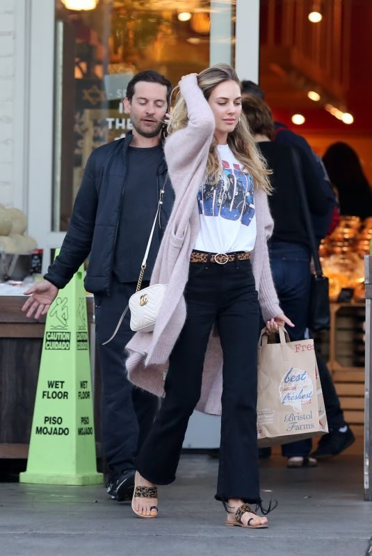 TATIANA DIETMAN and Tobey Maguire at Bristol Farms in Beverly Hills 04/17/2019