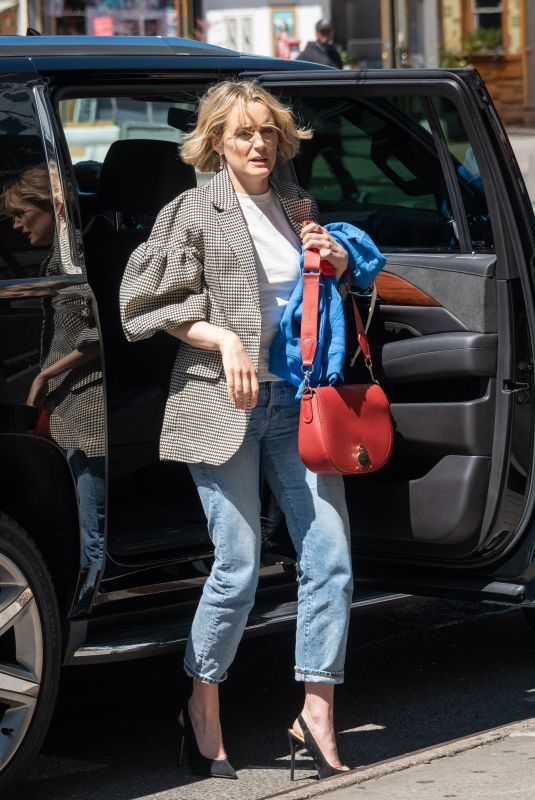 TAYLOR SCHILLING Out in New York 04/17/2019