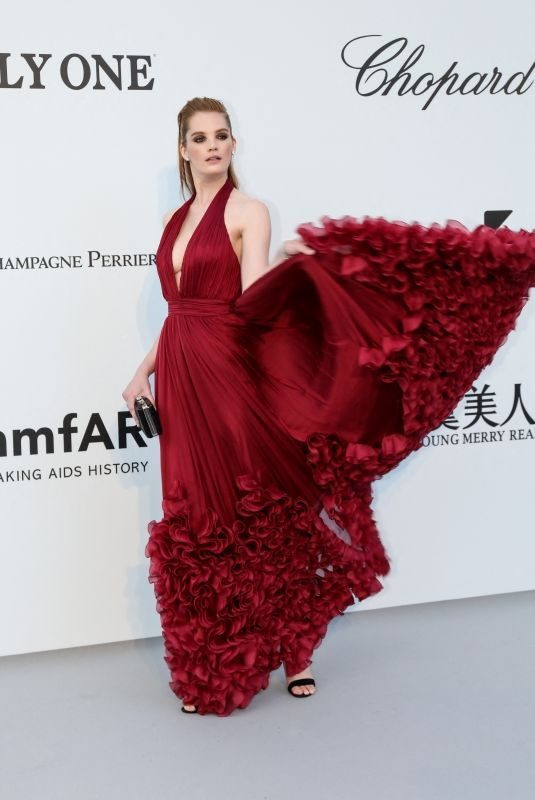 ALEXINA GRAHAM at Amfar Cannes Gala 2019 05/23/2019