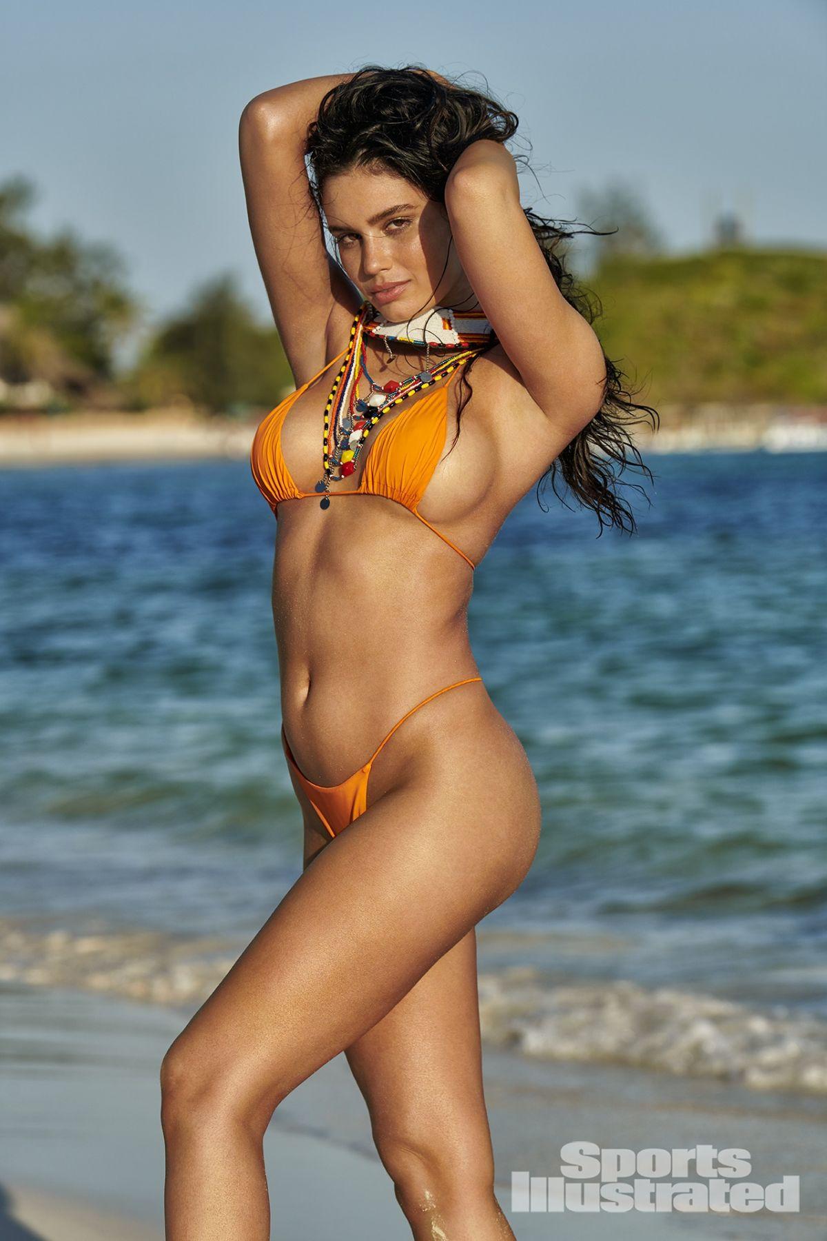 illustrated sports paula anne swimsuit issue si kenya tsai hawtcelebs gotceleb paint models bikini yu photographed hermanny vix