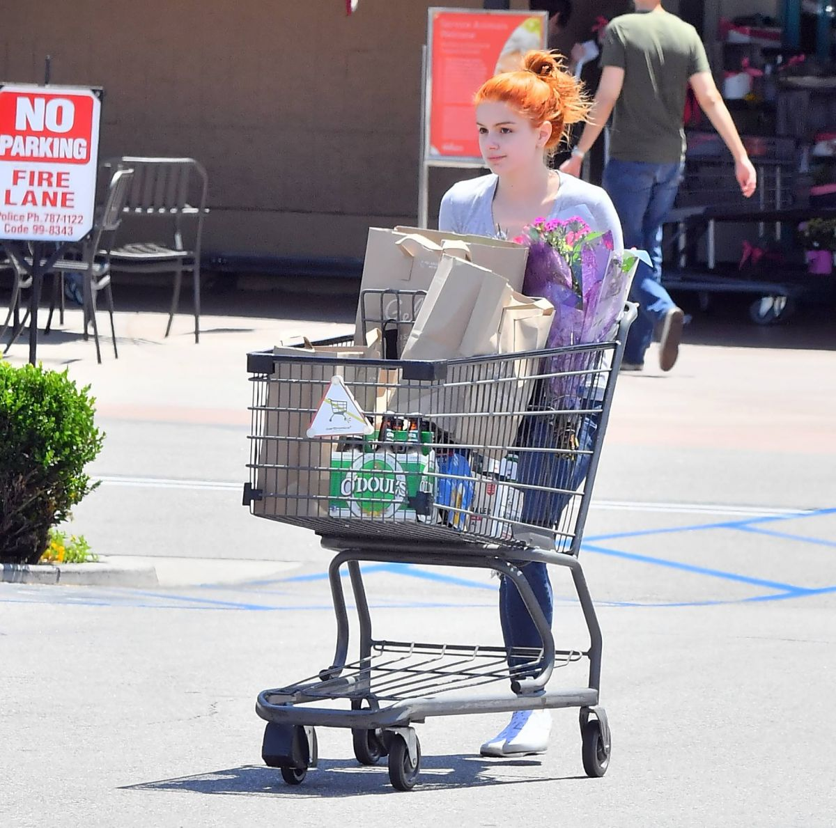 ARIEL WINTER Shopping At Grocery Store In Studio City 05