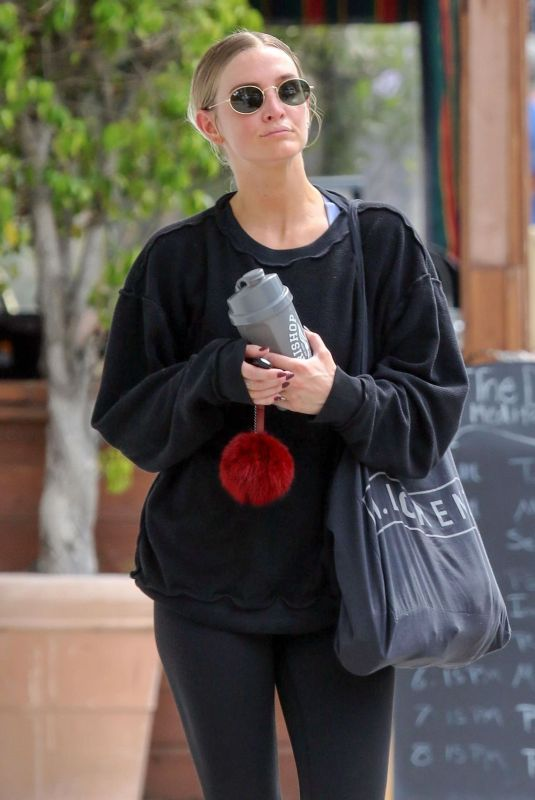 ASHLEE SIMPSON Leaves a Gym in Los Angeles 05/02/2019
