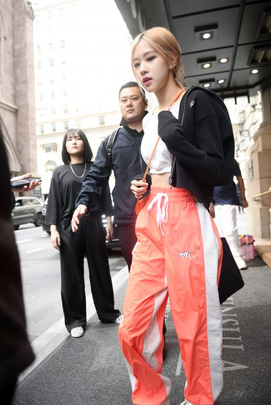 BLACKPINK Leaves Their Hotel in New York 05/02/2019