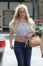 BRITNEY SPEARS Out and About in Westlake 05/18/2019
