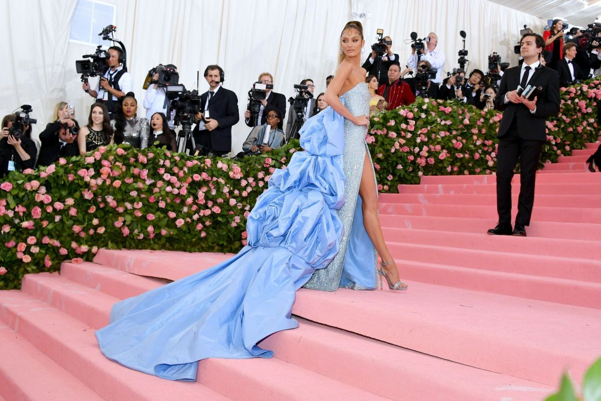 CANDICE SWANEPOEL At 2019 Met Gala In New York 05/06/2019
