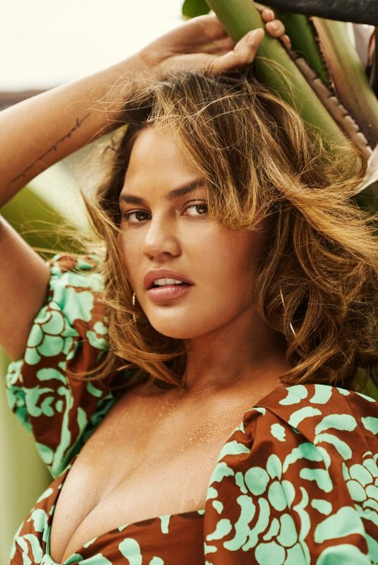 CHRISSY TEIGEN for The Edit by Net-a-porter, May 2019