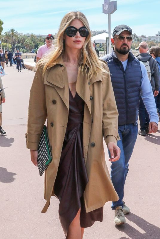 CLAUDIA SCHIFFER Out on Croisette at Cannes Film Festival 05/20/2019
