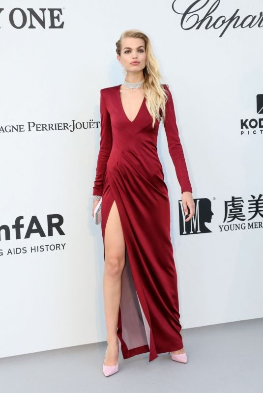 DAPHNE GROENEVELD at Amfar Cannes Gala 2019 05/23/2019